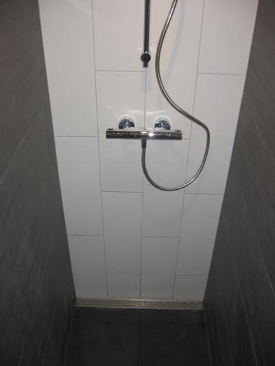 Inloopdouche heerlijke badkamers - Tegel patroon badkamer ...